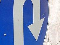 U-turn_sign